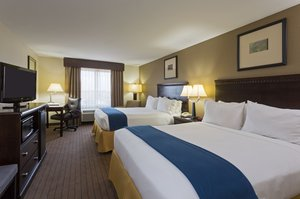 Room - Holiday Inn Express Hotel & Suites Moultrie