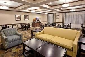 Restaurant - Holiday Inn Express Hotel & Suites Moultrie