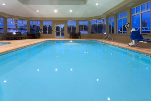 Pool - Holiday Inn Express Hotel & Suites Moultrie