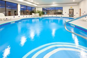 Pool - Holiday Inn Express Hotel & Suites Elkins