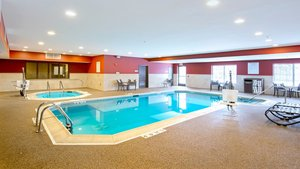 Pool - Holiday Inn Express Hotel & Suites Riverwoods