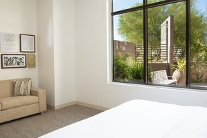 Room - Element Hotel Scottsdale at Skysong