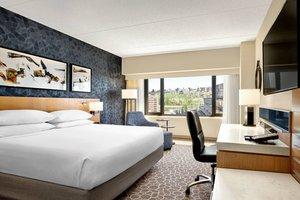 Room - Delta Hotel by Marriott Calgary Downtown