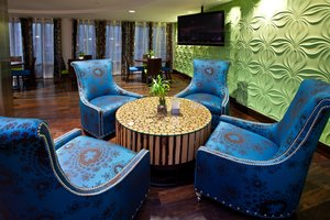 Lobby - Holiday Inn Express Fishers