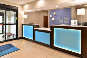 Lobby - Holiday Inn Express Hotel & Suites Blue Ash