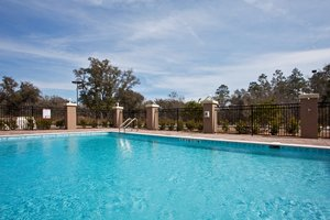 Pool - Holiday Inn Express Hotel & Suites Perry