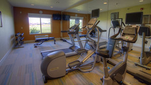 Fitness/ Exercise Room - Holiday Inn Express Sioux Center
