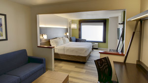 Suite - Holiday Inn Express Sioux Center