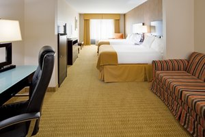 Suite - Holiday Inn Express Hotel & Suites Lebanon