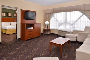 Suite - Holiday Inn Express Hotel & Suites West Chester