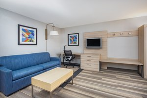 Room - Holiday Inn Express Airport Ontario