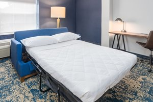 Room - Four Points by Sheraton Hotel Eastham