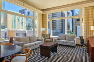 Suite - Courtyard by Marriott Hotel Downtown Denver