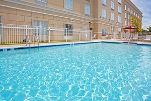 Pool - Holiday Inn Express Quantico Dumfries