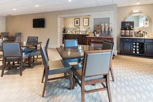 Restaurant - Fairfield Inn & Suites by Marriott Downtown Keene