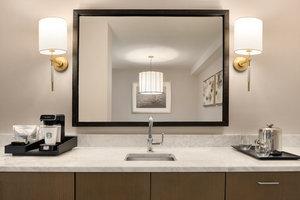 Suite - Sheraton Hotel Madison