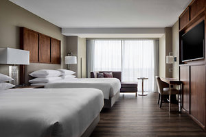 Suite - Marriott Hotel Capitol District Downtown Omaha