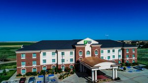 Exterior view - Holiday Inn Express Hotel & Suites Pampa