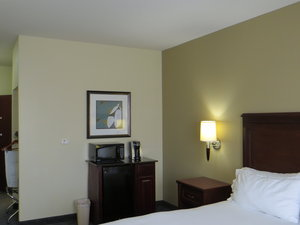 Room - Holiday Inn Express Hotel & Suites Pampa