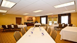 Meeting Facilities - Holiday Inn Express Hotel & Suites Fort Atkinson