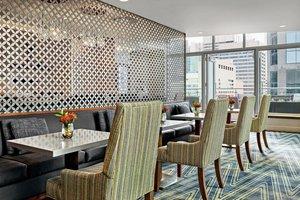 Restaurant - Sheraton Suites Eau Claire Calgary