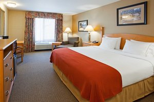 Room - Holiday Inn Express Hotel & Suites Custer
