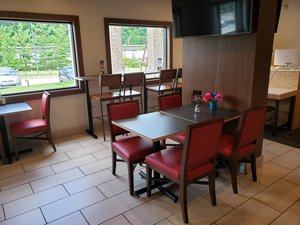 Restaurant - Holiday Inn Express Harmarville