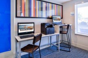 proam - Holiday Inn Express Hotel & Suites Selma