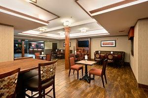 Restaurant - Holiday Inn Express Show Low