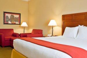 Room - Holiday Inn Express Hotel & Suites Salado