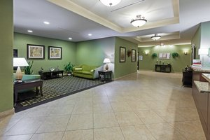 Lobby - Holiday Inn Express Hotel & Suites Brady