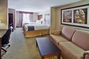 - Holiday Inn Express Airport Savannah