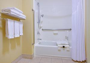 - Holiday Inn Express Oakdale