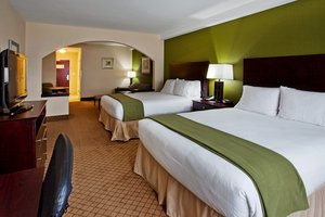 Suite - Holiday Inn Express Fort Benning Columbus