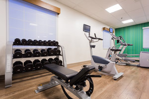Fitness/ Exercise Room - Holiday Inn Express Reading
