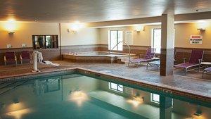 Pool - Holiday Inn Express Hotel & Suites Northeast Wichita