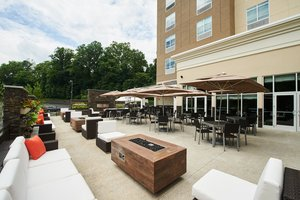 Bar - Holiday Inn Hotel & Suites Drexel Hill