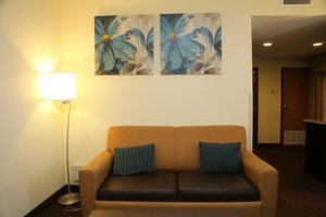 Room - Holiday Inn Express Hotel & Suites Cleveland