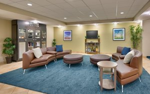 Lobby - Candlewood Suites Downtown Plano