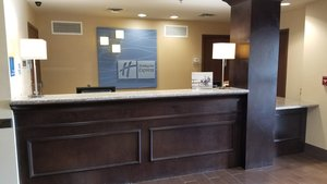 Lobby - Holiday Inn Express Hotel & Suites Kittanning
