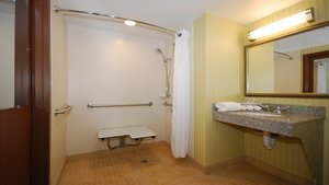 Room - Holiday Inn Express Hotel & Suites Kittanning
