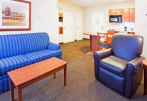 - Candlewood Suites New Bern
