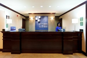 Lobby - Holiday Inn Express Hotel & Suites West Monroe