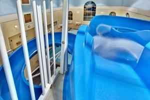 Pool - Holiday Inn Express Hotel & Suites Brookings