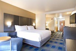 Room - Holiday Inn Express Hotel & Suites Brookings