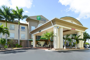Exterior view - Holiday Inn Express Hotel & Suites Florida City