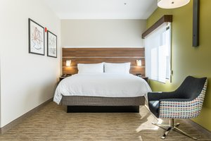 Suite - Holiday Inn Express Hotel & Suites Lake Forest