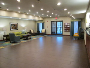 Lobby - Holiday Inn Express Hotel & Suites Newell