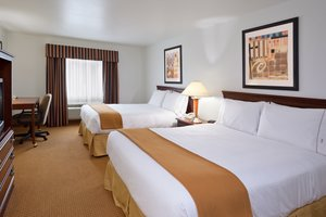 Room - Holiday Inn Express Hotel & Suites Newell