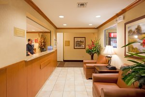 Lobby - Candlewood Suites Air Seaport Fort Lauderdale